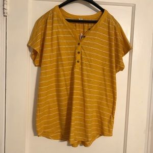 Old Navy Linen Blend Button Front Tee